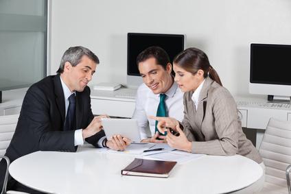 Langsamere Karriereentwicklung durch Sprachbarriere? Egal!
