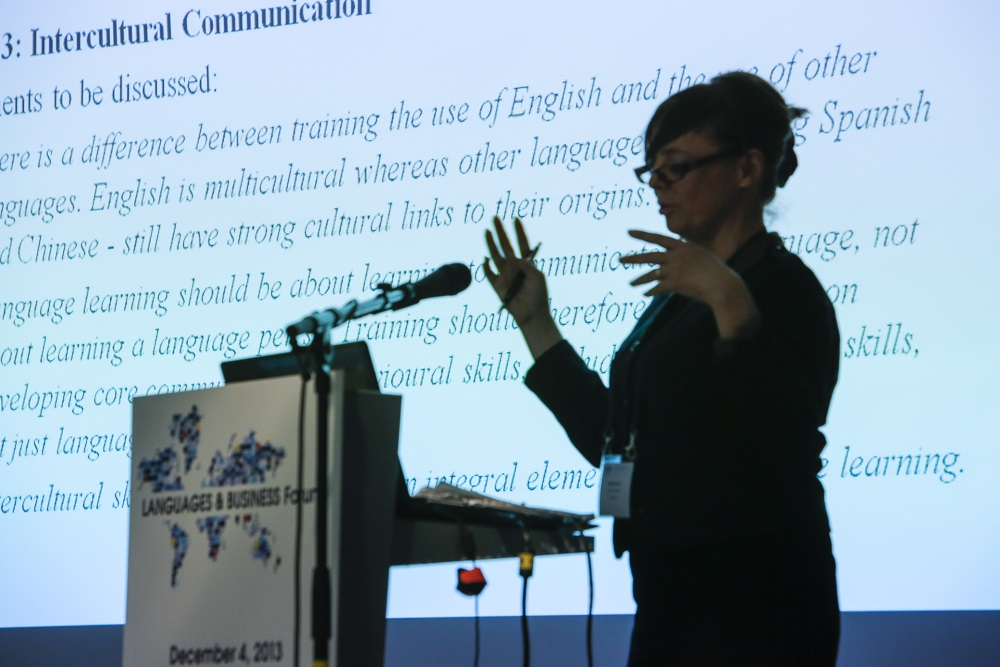 Language training in companies: why, when, who and how?